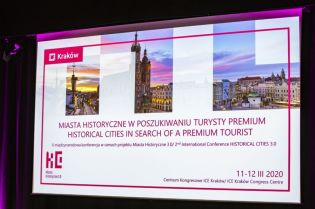 Historical cities in search of a premium tourist