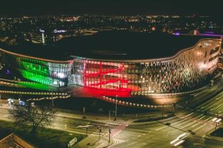 Krakow shows solidarity with Italy