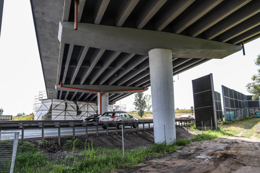 zakopiańska-wiadukt (6).jpg-Remont wiaduktu na ul. Zakopiańskiej zakończy się szybciej